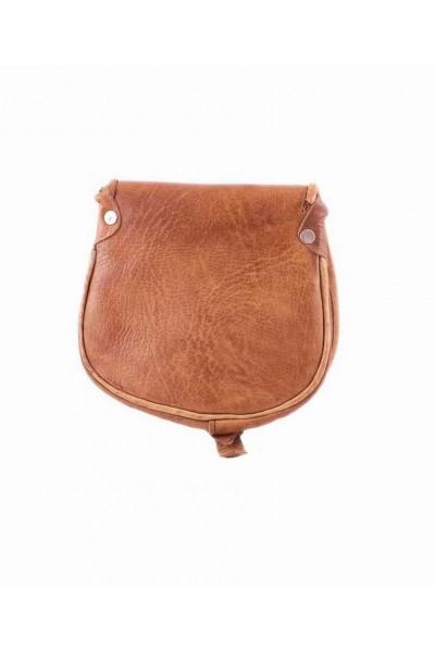 sac ourika en cuir camel m intemporel ce sac 100 cuir est. Black Bedroom Furniture Sets. Home Design Ideas