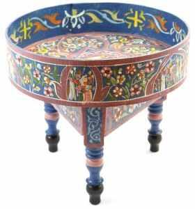 Petite table basse peinte bleu foncé